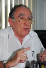 Mauro Zúñiga escritor panameño
